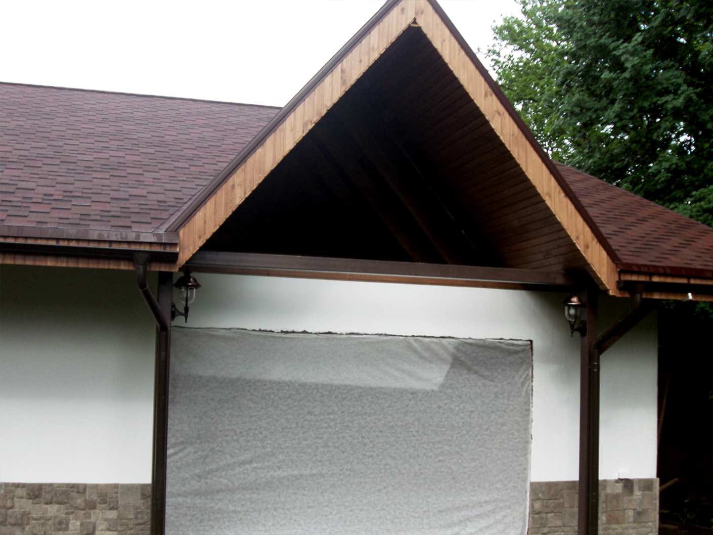 Окно треугольное (до монтажа)