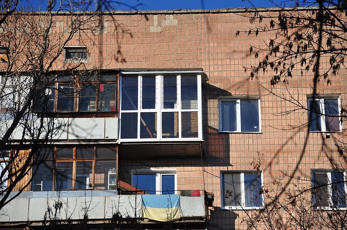 Остекление и ремонт балкона (после)
