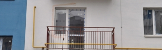 Остекление балкона (до, крупным планом)